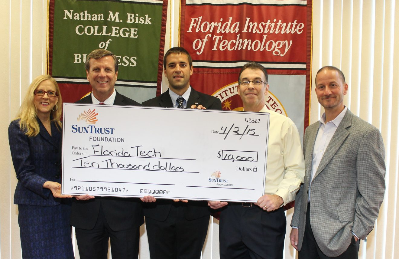 Photo of SunTrust Foundation Donates $10K  to Florida Tech's Bisk College of Business