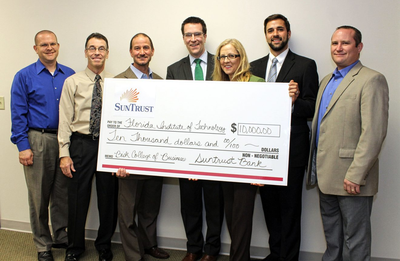Photo of SunTrust Foundation Donates $10,000 to Florida Tech's Bisk College of Business