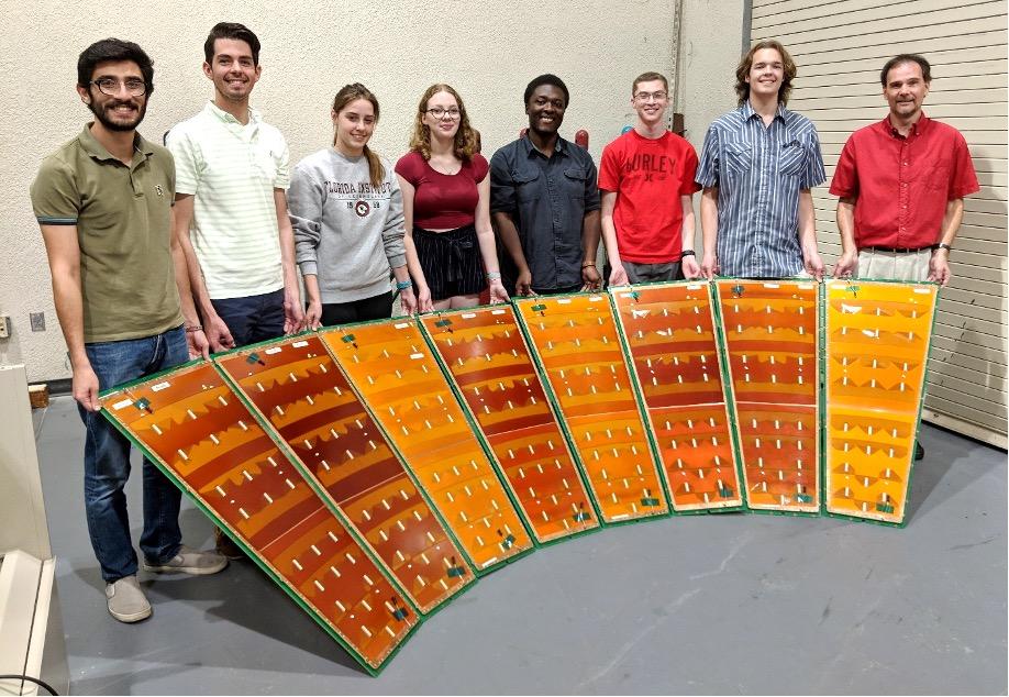 Perangkat Keras Florida Tech Dipasang di Penghancur Hadron Besar
