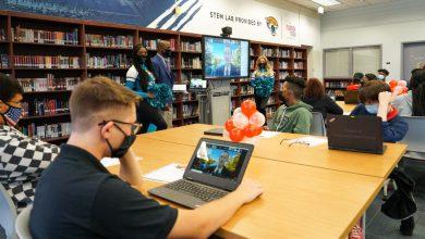 Photo of Florida Tech, Jacksonville Jaguars Partner for High School STEM Lab