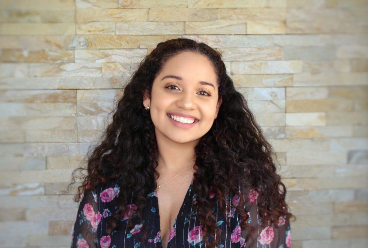 portrait of student Fran Flores